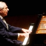 Claude Frank, <b>Pianist</b> Admired for Performing Beethoven, Dies at 89