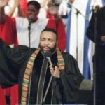 Gospel music legend Andrae Crouch dies